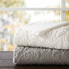 Madison Park Albany Ultra Plush Quilted Throw