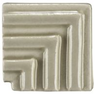 "1"" x 1"" interlace liner corner molding in celery crackle"