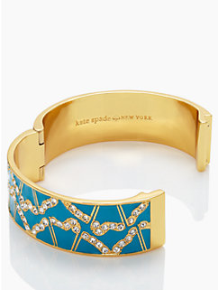 garden grove hinge bangle