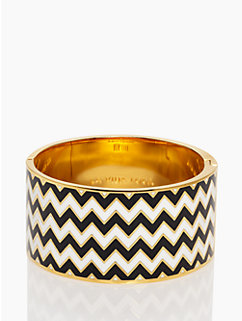 la vida loca hinged idiom bangle