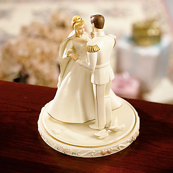 LENOX Disney Princesses  - Disney's Cinderella's Wedding Day Cake Topper