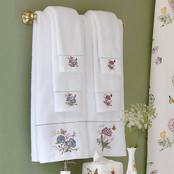 LENOX Your Home: Bath Accessories - Butterfly Meadow® Hand Towel