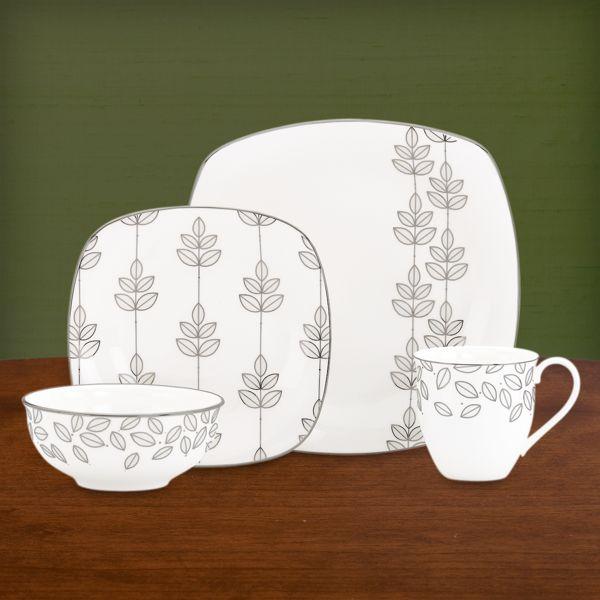 Platinum Leaf Square 4-piece Dinnerware Place Setting with Mug by Lenox