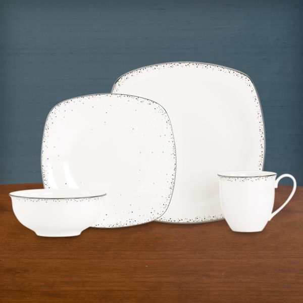Silver Mist Square 4-piece Dinnerware Place Setting with Mug by Lenox