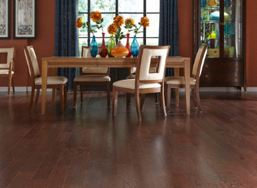 "Sch�n Quick Clic Engineered Natural 7/16""x4 3/4"" Red Oak Quercus Rubra 1290 Stained Finish Engineered"