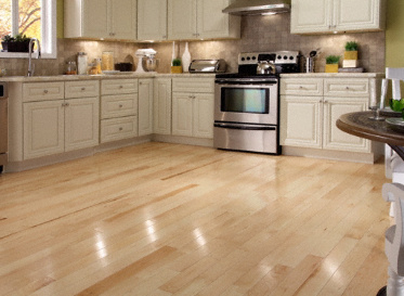"BELLAWOOD Engineered Natural 1/2""x5"" Maple Acer Saccharum Clear Finish Engineered"