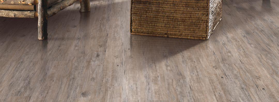 Prequel laminate weathered barnwood laminate flooring mohawk