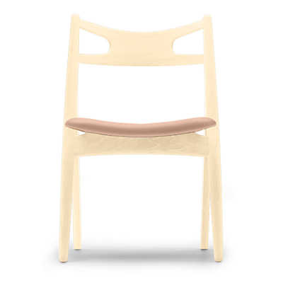Picture of Hans Wegner Sawbuck Chair
