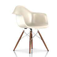 Picture of Eames Molded Fiberglass Armchair, Dowel Leg Base