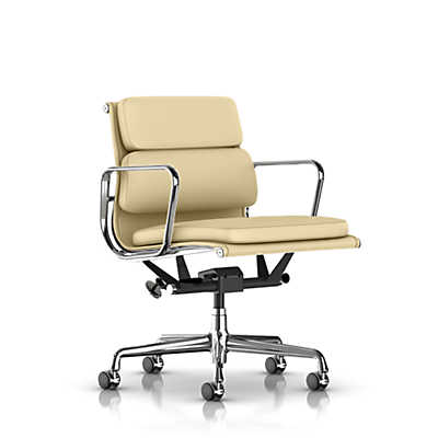 Picture of Herman Miller Eames Soft Pad Management Chair