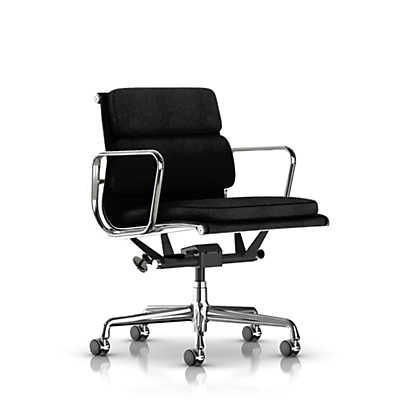 Picture of Herman Miller Eames Soft Pad Management Chair, Fabric