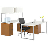 Picture of Voi U-Shaped Workstation with Low Credenza