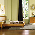 Mansfield Bedroom Set in Natural Cherry