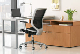 Voi L-Shaped Desk