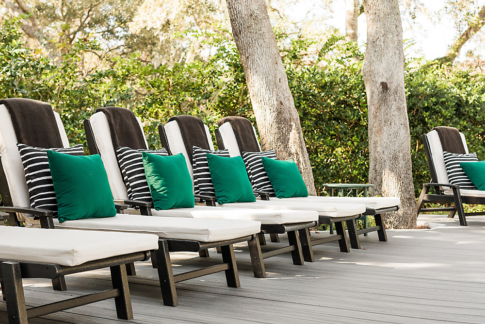 Trex Outdoor Furniture and Transcend decking in Island Mist are featured in the HGTV Dream Home 2017 build.
