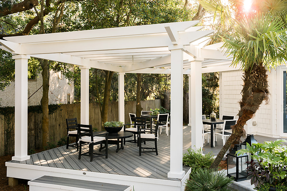 Trex Transcend Island Mist decking and Trex Pergola are featured in this year's HGTV Dream Home build.