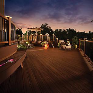 entdecken sie die terrassendielen gel nder. Black Bedroom Furniture Sets. Home Design Ideas