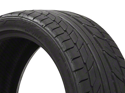 NITTO NT555 G2 Ultra High Performance Tire - 255/35-20 (05-17 All)