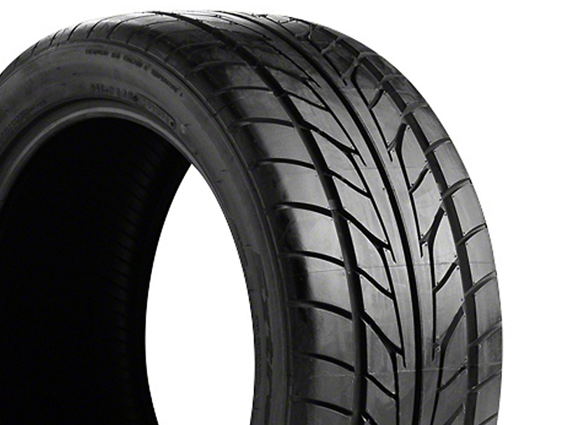 NITTO Extreme Performance NT555 Tire - 245/30R20 (94-04 All)