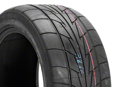 NITTO Extreme Performance NT555R Drag Radial - 285/40-18 (05-14 All)