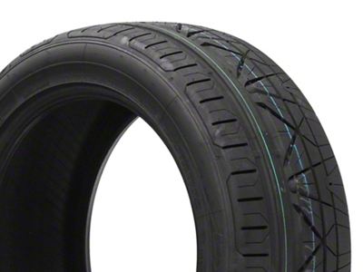 NITTO INVO Ultra-High Performance Tire - 255/45-18 (05-14 All)