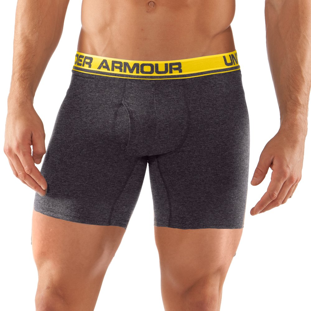 Enjoy everyday comfort with Men's Boxer Briefs from American Eagle. Our variety of 6 inch and 9 inch Boxer Briefs are the perfect addition to your underwear drawer.