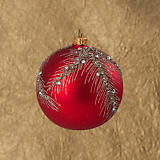 Szklo-Dekor Gold and Silver Feather Red Ball Ornament