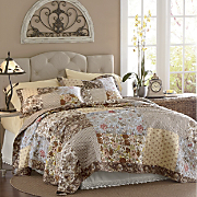 camilla oversized reversible quilt and sham