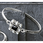 Bracelet Black Onyx And Mother Of Pearl Bangle