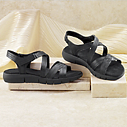 wipsqueak sandal by aerosoles