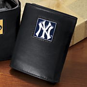 Mlb Medallion Wallet