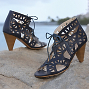 Shoe By Monroe And Main Cutout