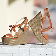 tie front wedge by monroe and main