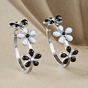 black and daisy earrings