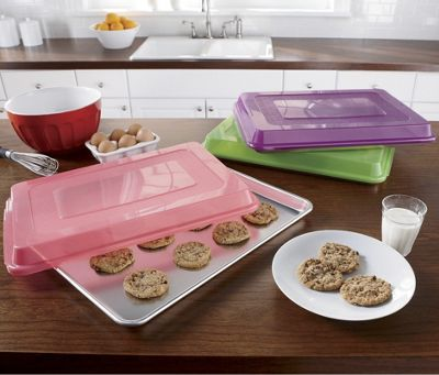 Nordic Ware Bakers Half Sheet with Lid