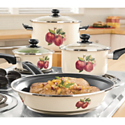 GinnyS Brand Cookware Apple 7 Pc Set