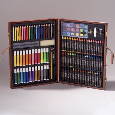 153 pc art set