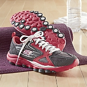 women s go train shoe by skechers