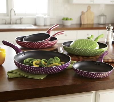 set of 2 nonstick polka dot frying pans