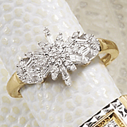 Ring 10K Gold Diamond Starburst