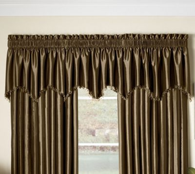 Somerset Scalloped Valance