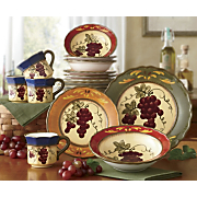 16 Piece Marciana Grape Dinnerware