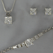 Cubic Zirconia Pendant Bracelet and Earring Set