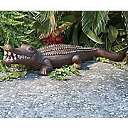 Lawn Deco Alligator
