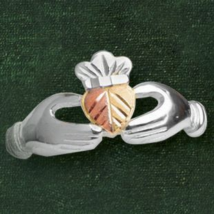 Black Hills Gold Claddagh Ring