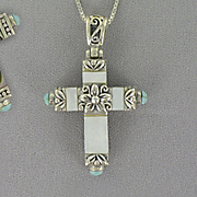 Cross Pendant Sterling Silver Mother of Pearl Z