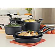 Ginnys Brand 8 pc Cookware Set