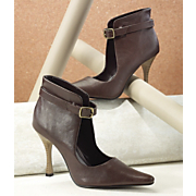 Belted Collar Pump By Classique