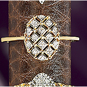 10k Gold Diamond Oval quilt Ring