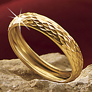 gold diamond cut band